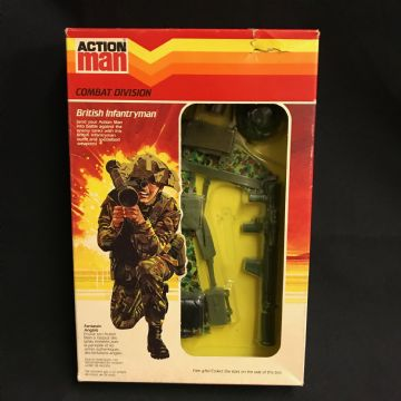 VINTAGE ACTION MAN - BRITISH INFANTRYMAN - SCARCE CHEVRON CARDED UNIFORM LAST ISSUE COMBAT DIV(Ref2)